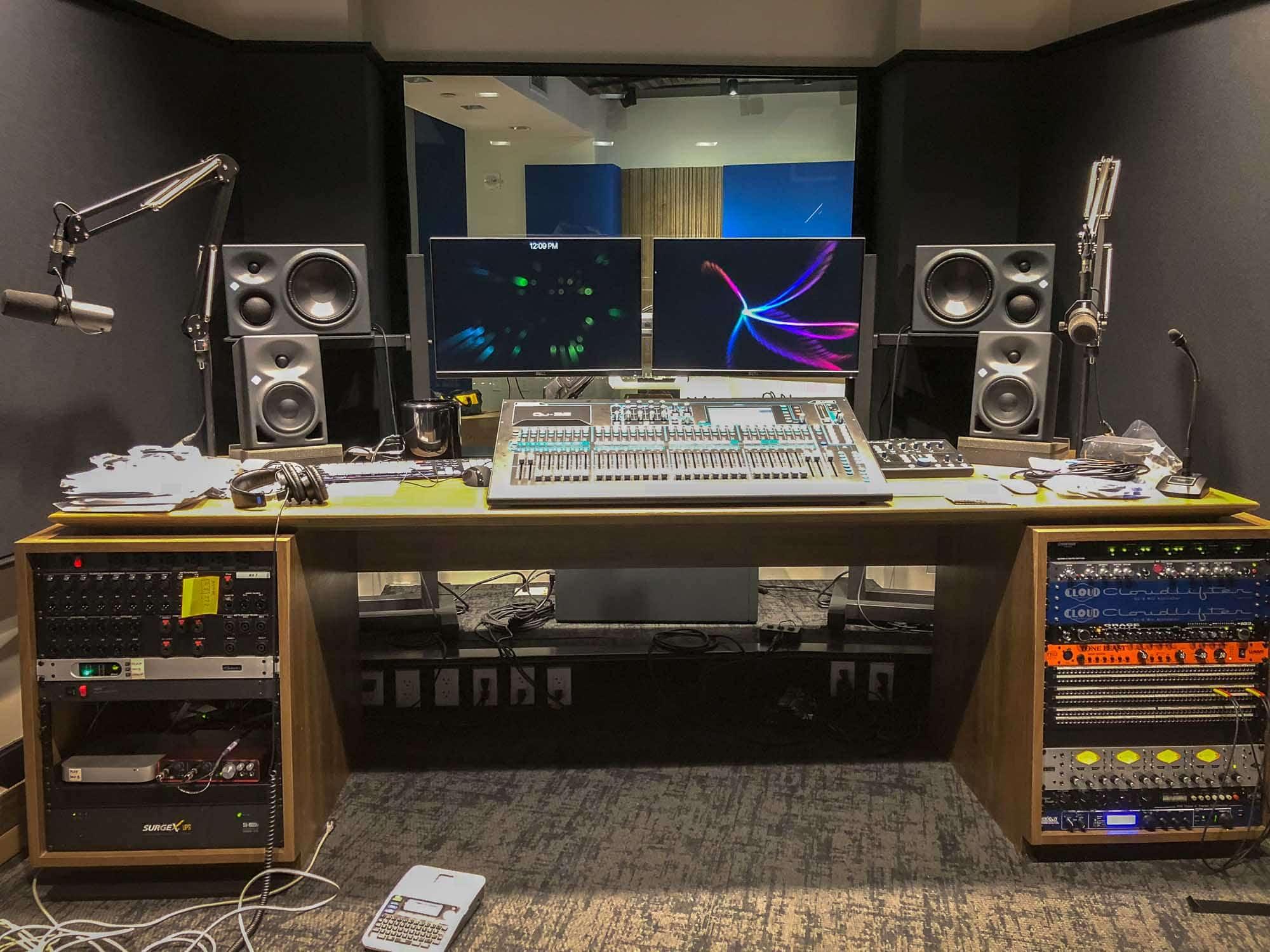 Midroll Studios